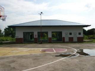 空手道場とバスケットボール場.jpg